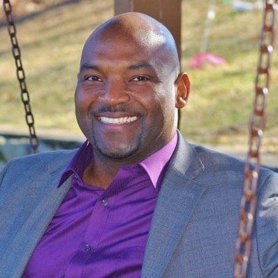 Ron Davis, Advisor